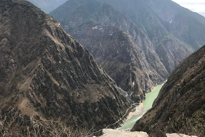2-Days Lijiang Tiger Leaping Gorge Hiking Tour and drop off at Shangri-La area