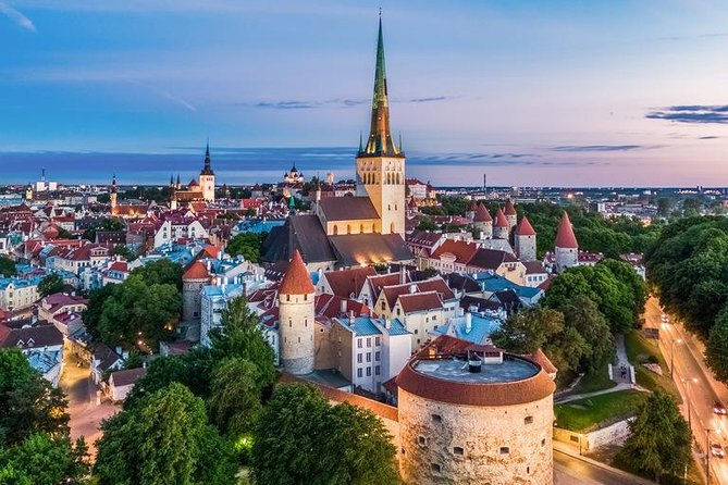 Premium history tour of Tallinn Old town and Estonia (attend and win 10000€)