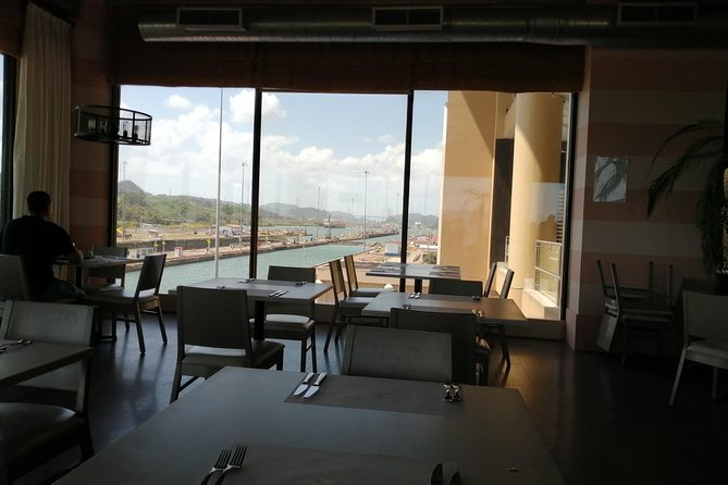 Panama Canal Dining Experience: Lunch photo 2