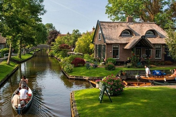 Full Day Tour from Amsterdam to Zaanse Schans - Afsluitdijk - Giethoorn photo 1