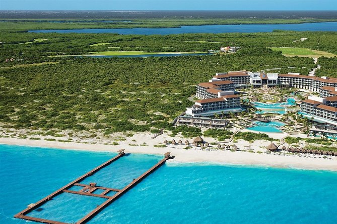 Cancun Airport to Playa Mujeres Private Transfer Round Trip