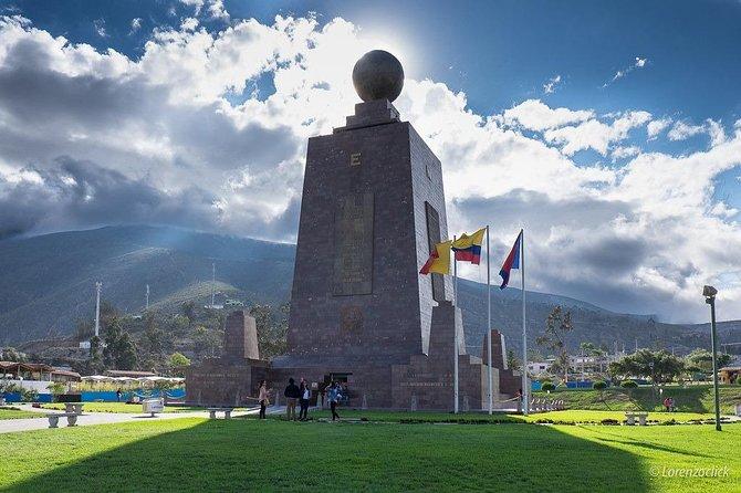Mercado Central + Teleférico Quito + Mitad Del Mundo