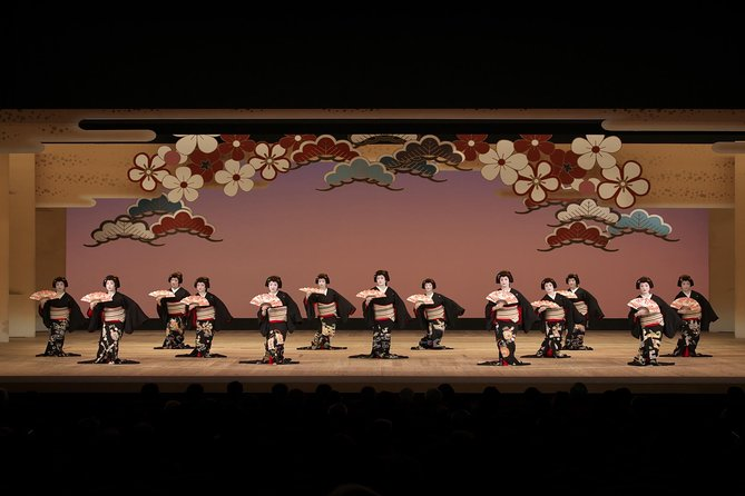 "[Held on November 12, 2020] Experience the world of Hakata traditional performing arts ""Hakata Geiko"""