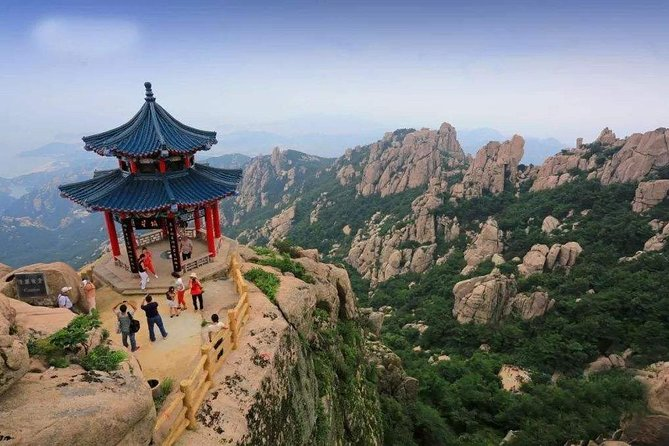 Qingdao Private Tour: City Highlights and Laoshan Mountain with Lunch+Cable Car