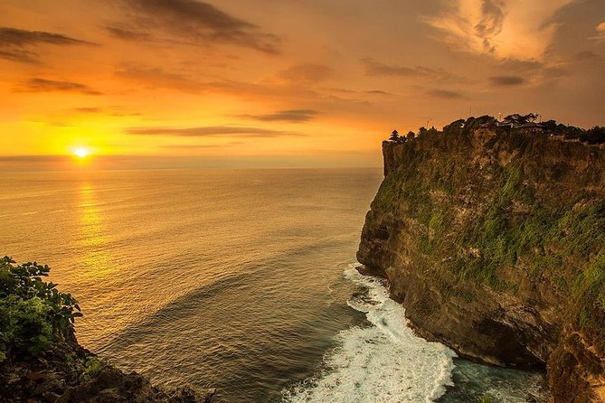 Uluwatu Temple Sunset ,Kecak Dance and candle Light Dinner