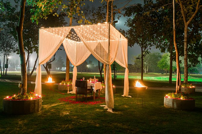 Instagram Photoshoot With Romantic Dinner Date - Private Cabana under the Stars