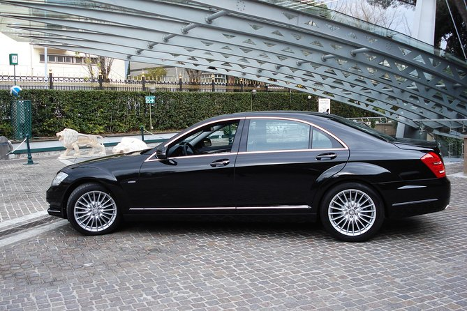 Transfer by luxury car from P. Rome (Venice) to a hotel in Montegrotto Terme