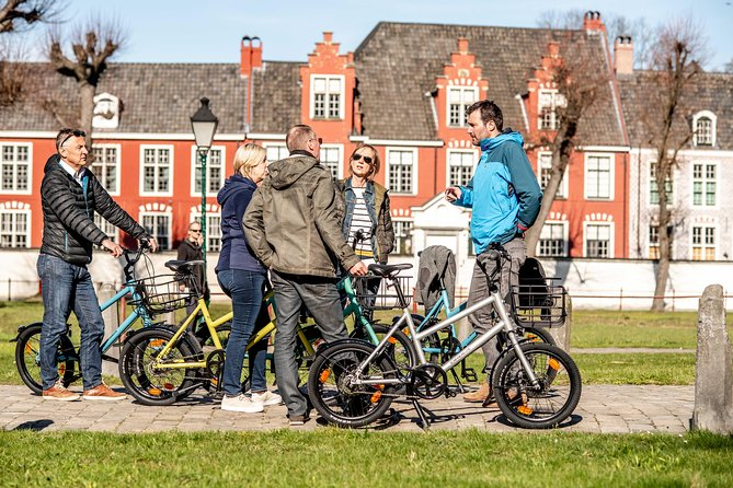 Bicycle tour in historic Ghent