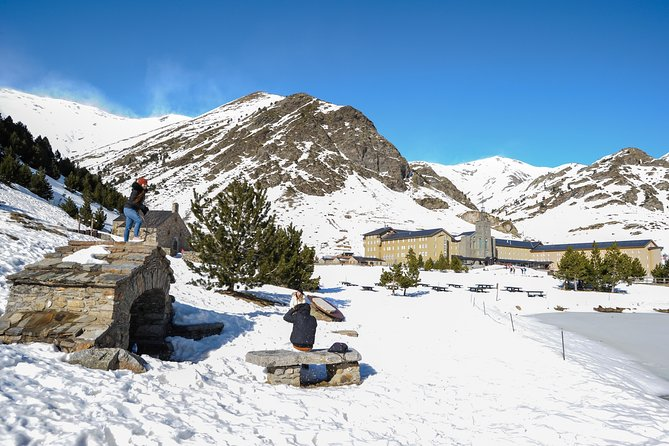 Pyrenees Mountains & Medieval Towns Small Group Day Trip from Barcelona