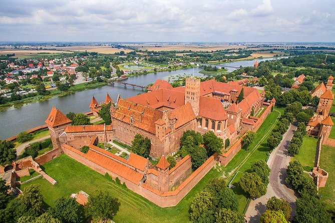 Private Walking Tour of Gdansk + Amber Museum + Malbork Castle photo 4