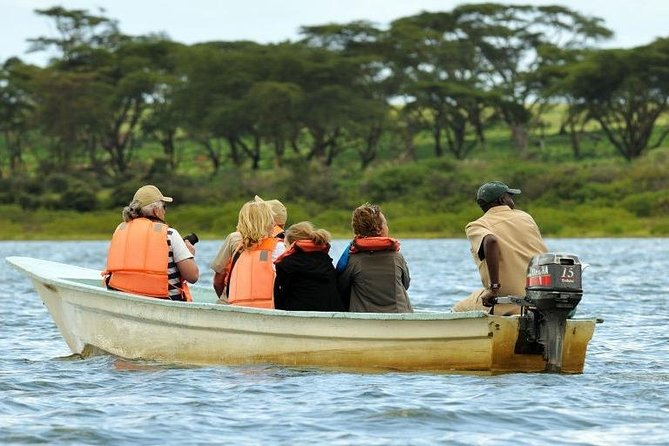 Witness the Great Wildebeest Migration in this 8 Days Wonderful Kenya Safari photo 2