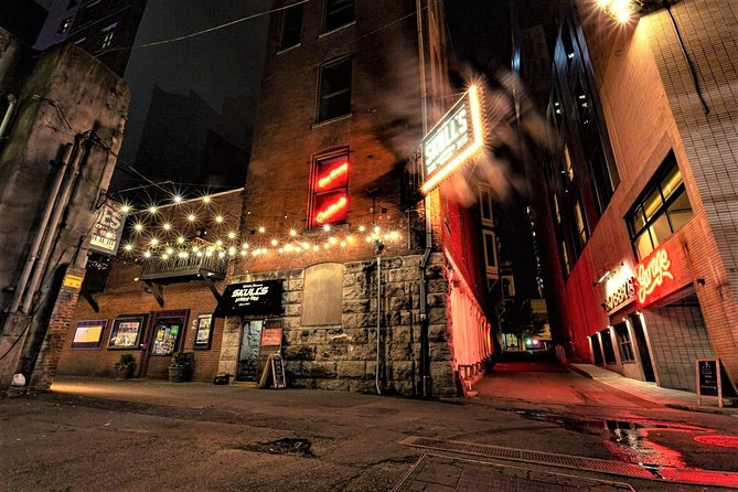 Night-Time Ghost & History Walking Tour of Downtown Nashville
