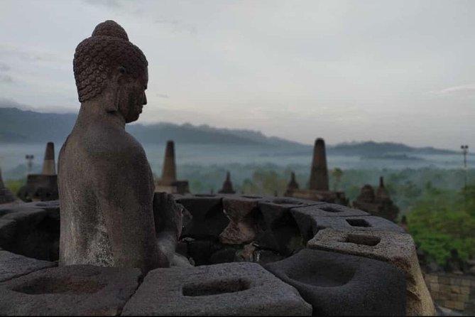 Borobudur Sunrise and Prambanan Temple Guided Tour (with Free Buffet Breakfast)