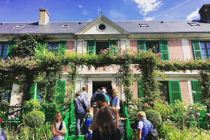 Paris - Giverny Tour : Claude Monet's House Private or Group Tour
