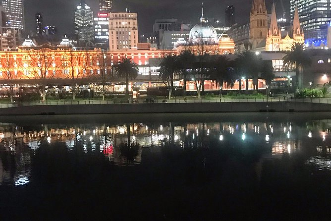 Melbourne by night especially created if you are time restricted .