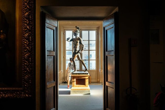 Uffizi Exclusive : Small-Group Guided Tour with Priority Entrance photo 8