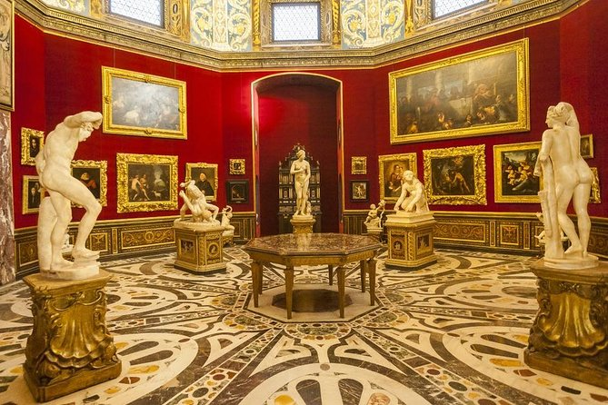 Uffizi Exclusive : Small-Group Guided Tour with Priority Entrance photo 4