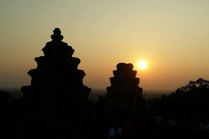 Angkor Wat & Sunset at Bakheng: Small Group