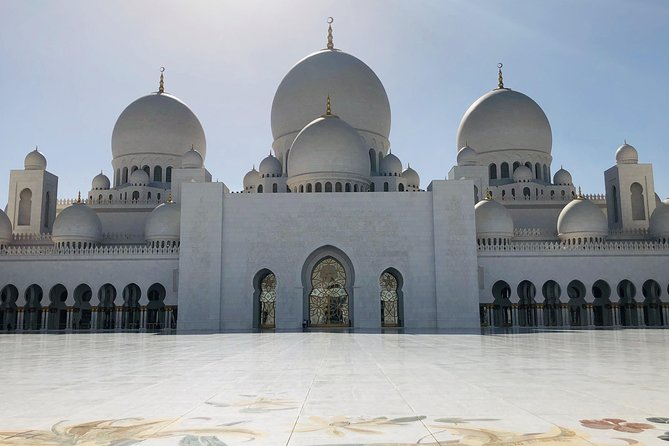 Private Abu Dhabi Full-Day Tour