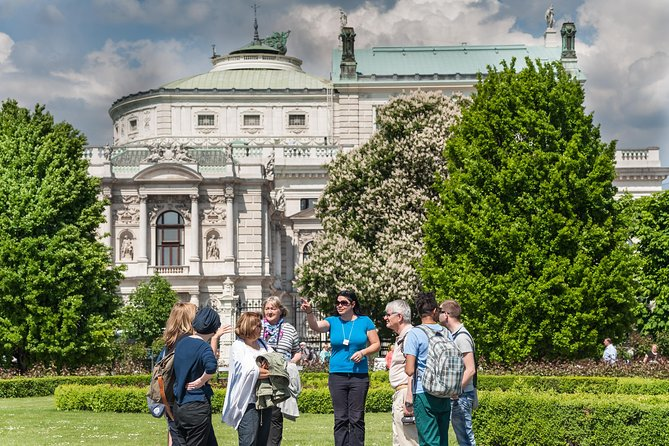 Vienna at a glance - Highlights with SaFu photo 2
