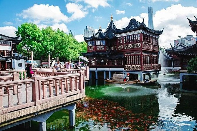 2-Day Shanghai and Suzhou Private Tour with Zhujiajiao Water Town from Shanghai