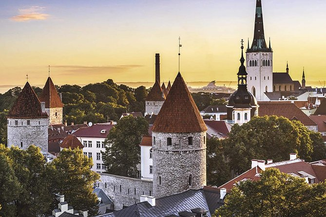 Private Airport transfer Tallinn city center to Tallinn Airport (TLL)