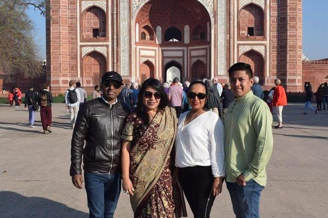 Taj Mahal same day tour