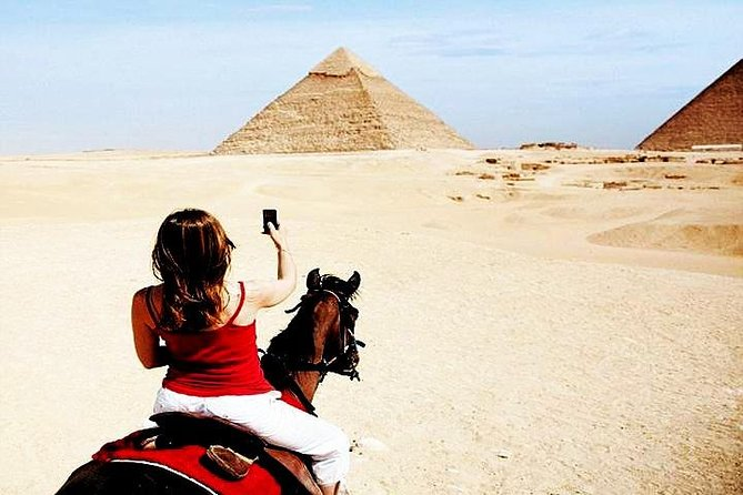 Hop-On Hop-Off Tour:Guided Private Day Trip Giza Pyramids Sakkara Plus Memphis
