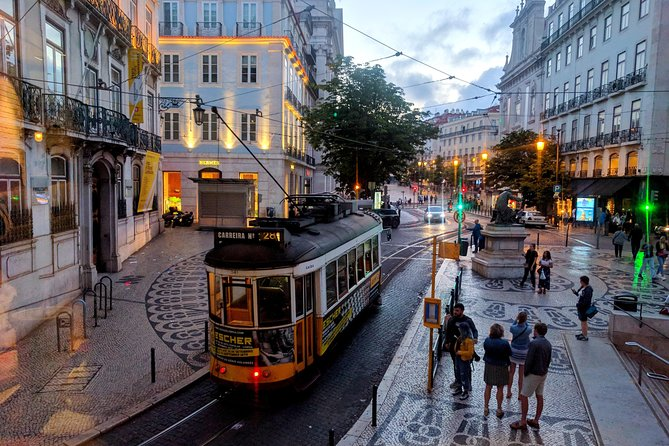Transfer Lisbon - Up to 3 People