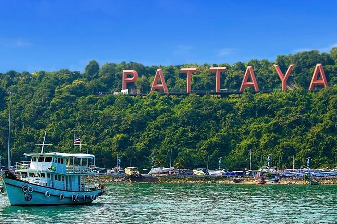 Selfie City Tour & Temple Tour of Pattaya with Lunch