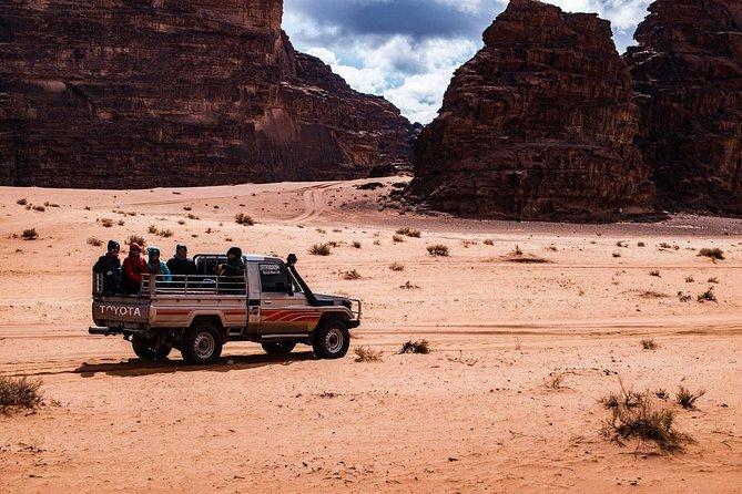 Petra-Wadi Rum transports /vise versa