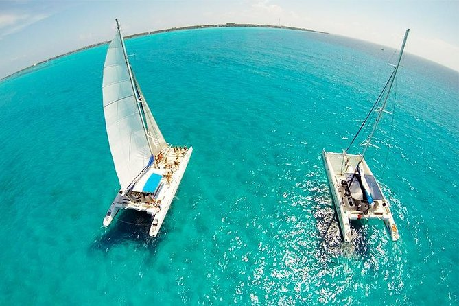 Full-Day Adventure in Catamaran to Isla Mujeres - All inclusive - Special Offer