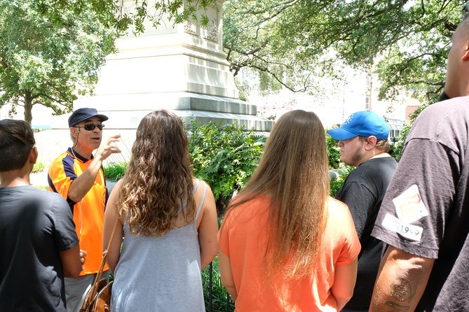 Savannah History to bring you from Stumped to Savvy, a Walking Tour