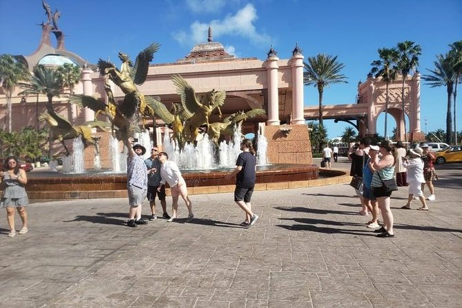 Explore Nassau City Tours