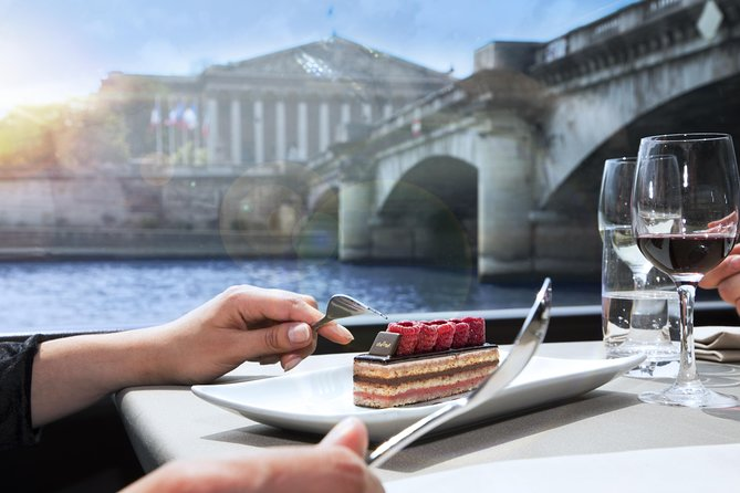 Luxury Paris Day Trip plus Bateaux Parisiens Lunch Cruise with Louvre Upgrade photo 11