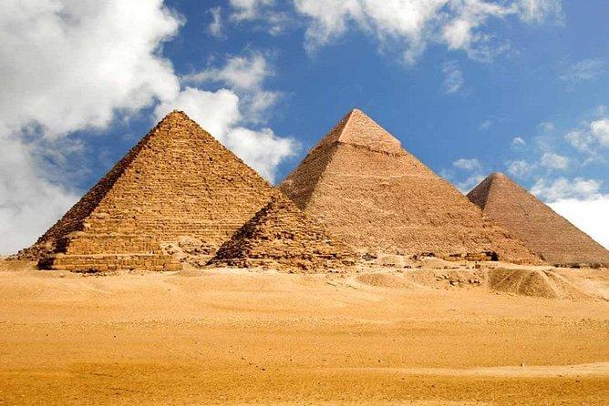 Private trip to Pyramids of Giza, Sakkara & Memphis.