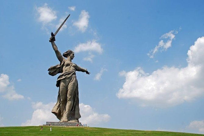 Private Sightseeing Tour Hero-City Stalingrad - Volgograd City Today