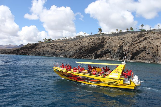 2.5-hour Lanzarote Sunset Cruise from Marina Puerto del Carmen