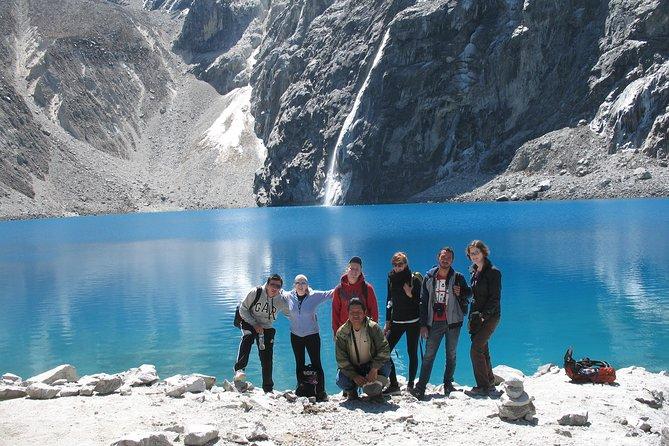 Lake 69 Full-Day Hiking Tour from Huaraz