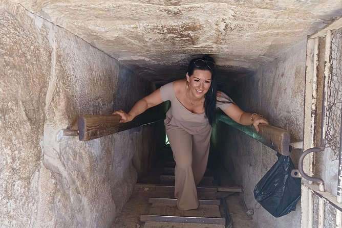 Cairo Tour to Egyptian Museum & Giza Pyramids