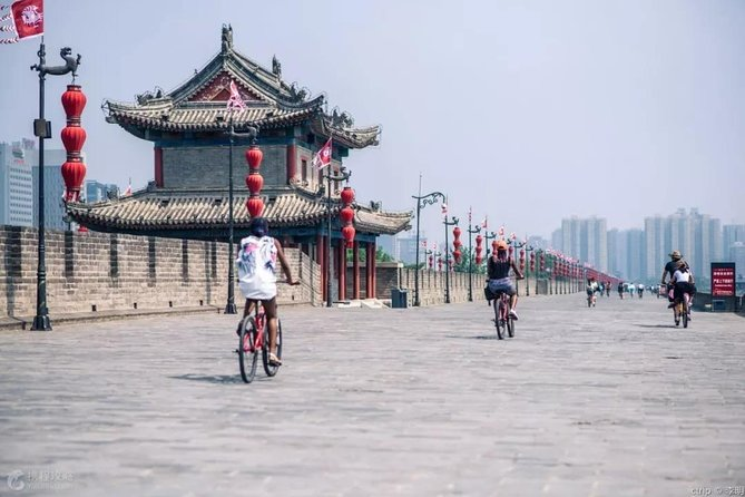 Private Customized Xi'an City Highlights Day Trip from Chengdu by Bullet Train
