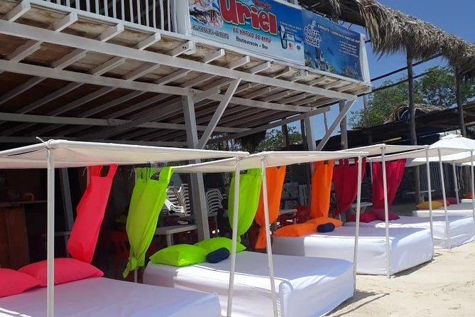 Quiet beach tour to Isla Barú from Cartagena