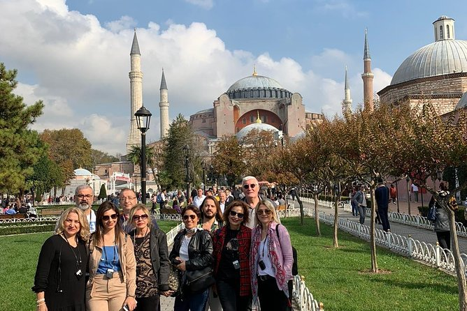 İstanbul Classics Tour (Full day with tourist guide and lunch)