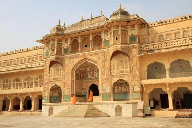 Jaipur One Day Tour from Delhi By Express Train