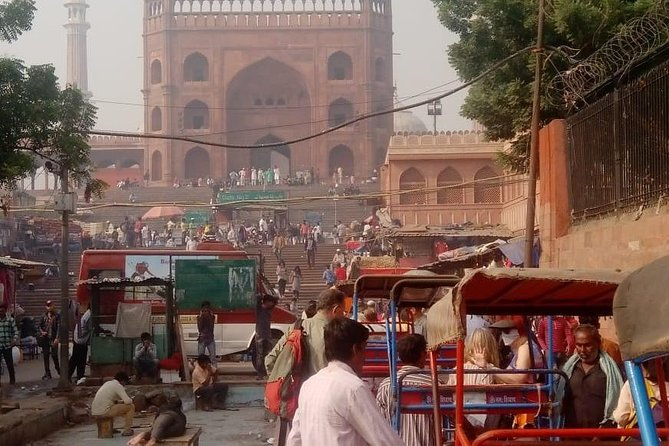 4-hour Old Delhi Heritage Walking Tour With Rickshaw Ride and Local Lunch photo 4