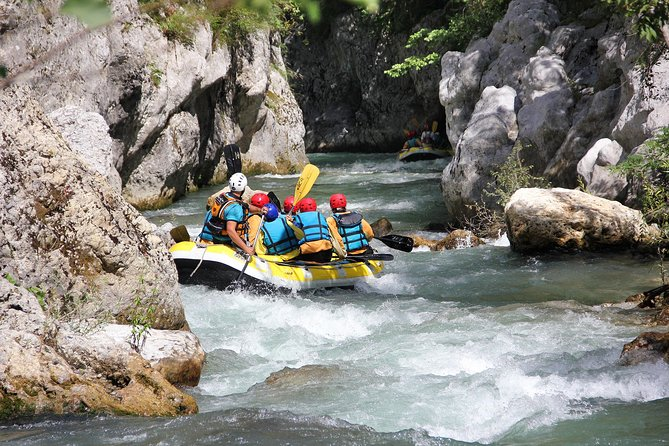 "Rafting ""Canyon"""
