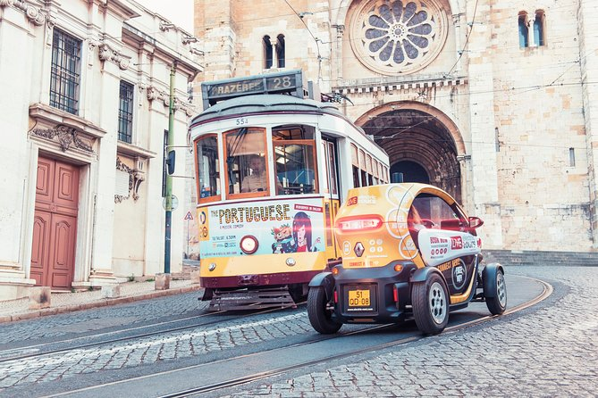 Lisbon Viewpoints: Self-Drive Private Tour in E-Cars