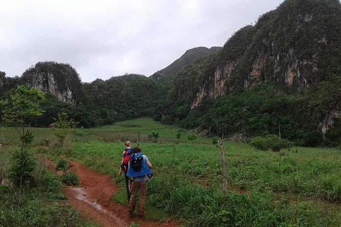Trekking in the Viñales Valley