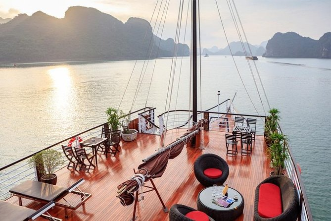 Halong & Lan Ha Bay Luxury 1 Day Tour with Roundtrip Transfer On Express Way