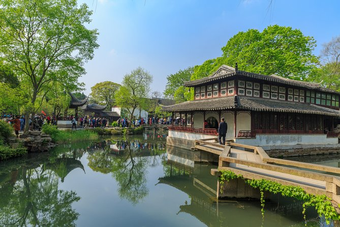 Suzhou and Tongli Discovery Tour with Gondala Ride or Tea Tasting
